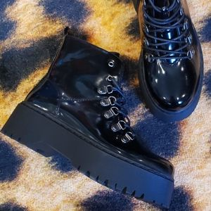 Shoes - Chucky Boots